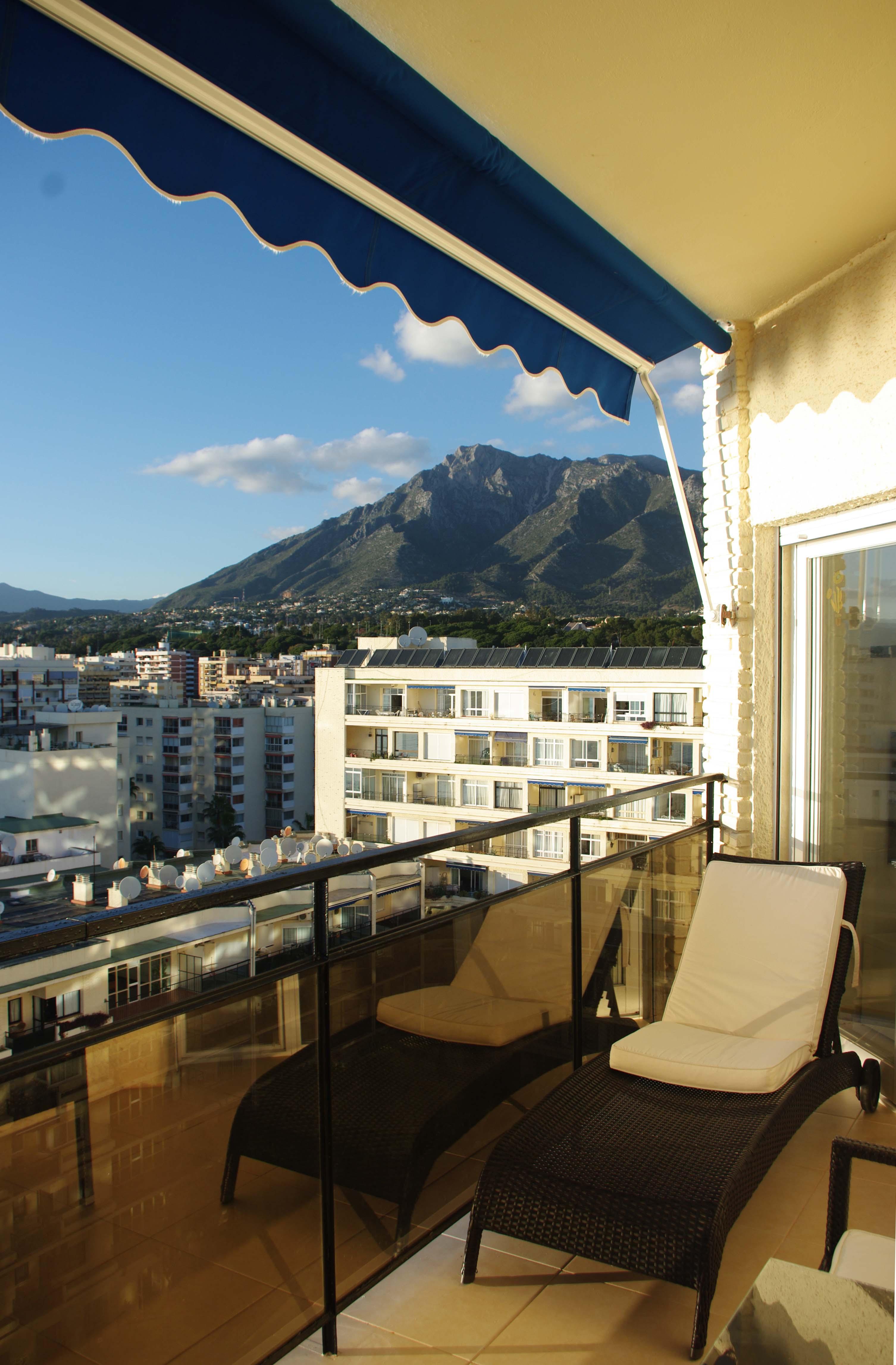 Skol apartments, Marbella - apartment 811A -  balcony mountain backdrop