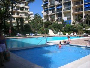 Skol apartments Marbella - pools